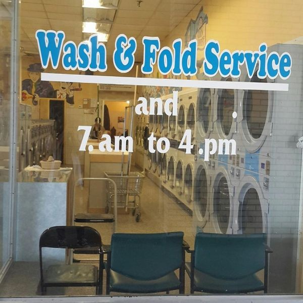 The Laundromat logo